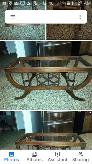 Antique coffee table for Sale in Fresno, CA