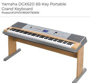 Yamaha Grand 88-Key Keyboard DGX-620 for Sale in Irvine, CA