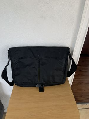Black and yellow messenger bag $10 for Sale in Los Angeles, CA