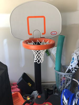 Hoop - extends $40 like new for Sale in Raleigh, NC