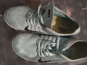 Nike women's running shoes for Sale in Las Vegas, NV