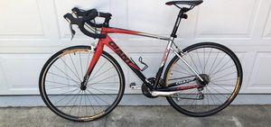 GIANT DEFY1 BICYCLE for Sale in Covington, GA