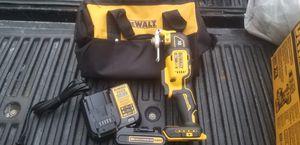 Dewalt 20v XR brushless multi tool for Sale in Temple Terrace, FL