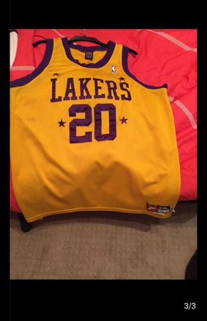 Lakers jersey size XXL for Sale in Houston, TX