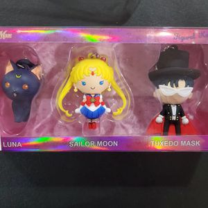 SDCC 2017 Exclusive Monogram Sailor Moon 3-Piece Key Ring set San Diego Comic Con for Sale in San Diego, CA