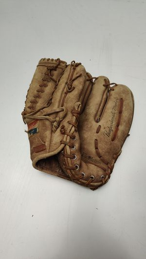 Vintage Sportcrest baseball glove for Sale in Vancouver, WA