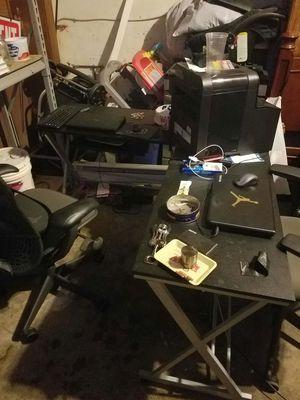 Computer Desk for Sale in Paterson, NJ