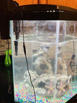 Fish Tank for Sale in Dearborn,  MI