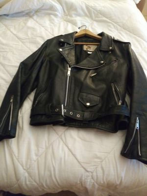 BLACK THICK FEMALES MOTORCYCLE JACKET for Sale in Elizabeth, NJ
