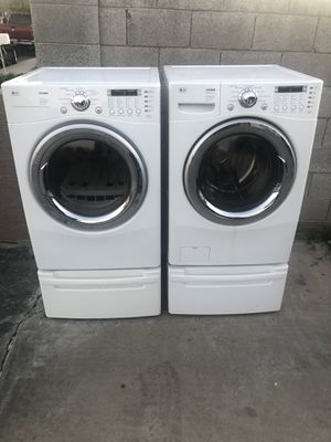 LG electric washer and dryer for Sale in Phoenix, AZ