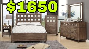 Beautiful new 5 piece Mirrored King or Queen bed set(1 bed, 1 dresser, 1 chest, 1 mirror, 1 nightstand) only 1,650$!!! Original price 3,486$!!! for Sale in San Leandro, CA