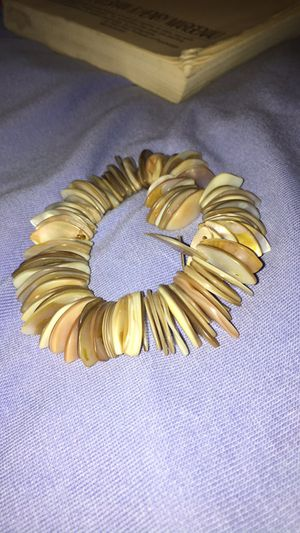 Shell Cali bracelet for Sale in El Paso, TX