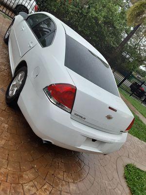Chevy impala 2013 for Sale in Miami, FL