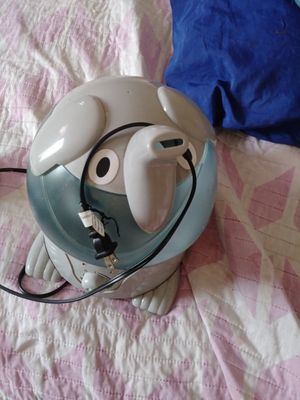 Humidifier 10$ for Sale in Los Angeles, CA