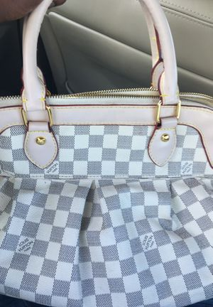 Louis Vuitton bag for Sale in Portsmouth, VA