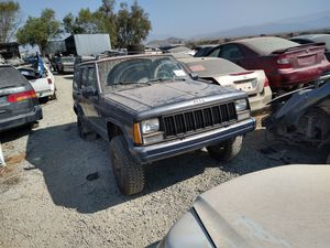 1988 Jeep Cherokee for parts only for Sale in San Diego, CA