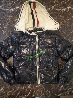 WOMEN SMALL MONCLER COAT for Sale in Washington, DC