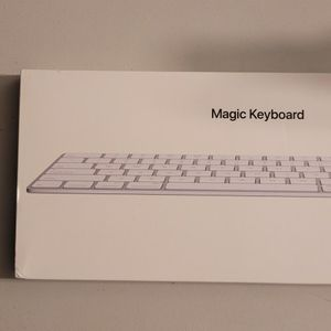 Apple Magic Keyboard 2 MLA22LL/A,A1644, Bluetooth Wireless Keyboard Rechargeable for Sale in Inver Grove Heights, MN