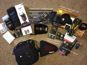 Nikon D5200 w/ 35 50 prime lens and more for Sale in Dallas, TX