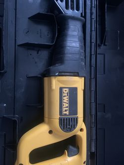 Dewalt Dw304p Corded 10amp Reciprocating Saw for Sale in Berkeley,  CA