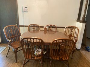 Kitchen table with 6 chairs for Sale in Imperial, MO