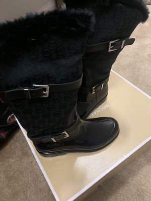 Michael Kors Boots for Sale in Fuquay-Varina, NC