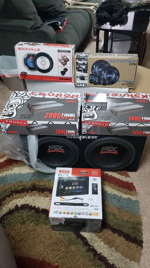Brand new complete stereo system never been out the plastic for Sale in Columbus, OH