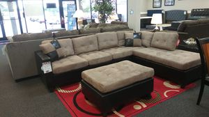 New Mocha Reversible Sectional for Sale in West Columbia, SC