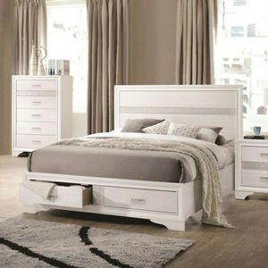 Miranda contemporary white queen bed for Sale in Atlanta, GA