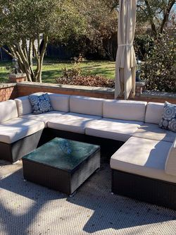 Suncrown Outdoor Patio Sectional With Table for Sale in Dallas,  TX