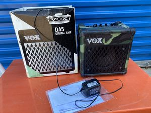 VOX DA5 Guitar Amplifier with Built-in Effects - Carrying Strap - Camo $95. for Sale in Elgin, IL