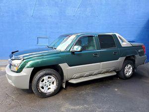 03 Chevrolet Avalanche**$2750**Clean Truck!**Runs Great!** for Sale in Detroit, MI