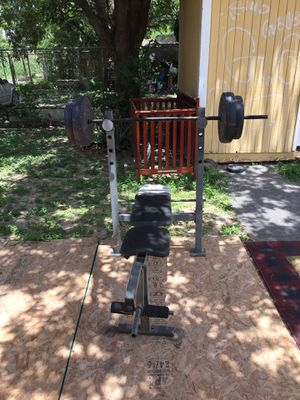 Bench press for Sale in Brownsville, TX