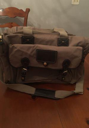 Eddy Bauer canvas duffle bag for Sale in Miami, FL