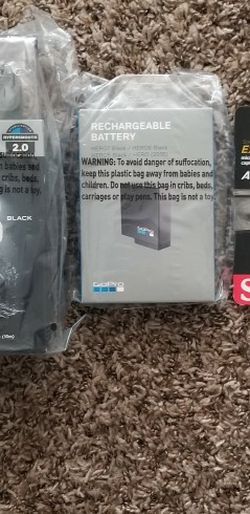 Brand NEW GoPro Hero 8 Black with New Battery And SD Card for Sale in Tigard,  OR