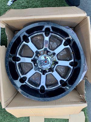8 lugs X⭐️D series wheel 8 lugs 20x10 8x6.5 xd buck chrome/black for Sale in Bothell, WA