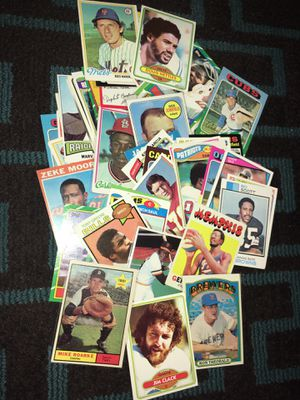 Lot of 50 sports cards football baseball basketball for Sale in San Jose, CA