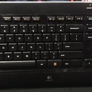 Logitech Wireless Keyboard And Mouse for Sale in Los Angeles, CA