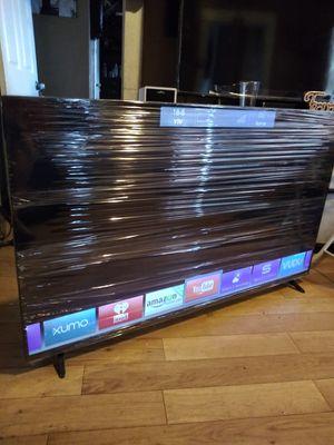 Tv vizio de 60 inch smart chingosisima como nueba con garantia cuidadita 360$ firmm for Sale in Los Angeles, CA
