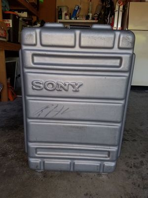 Sony hard case for Audio/Video equipment for Sale in Tacoma, WA
