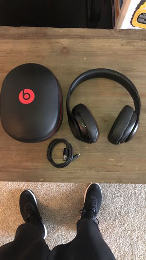 Beats By Dre Studio (Wireless) for Sale in Houston, TX