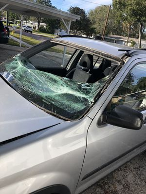 Need a windshield??? for Sale in Valrico, FL