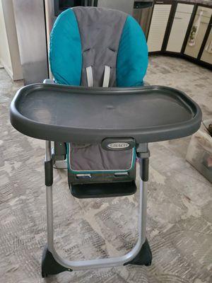 Graco high chair for Sale in West Palm Beach, FL