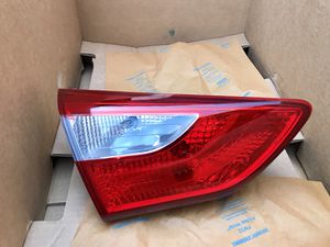 2013-2017 Hyundai Elantra GT Hatchback Rear Left Inner tail light for Sale in Los Angeles, CA