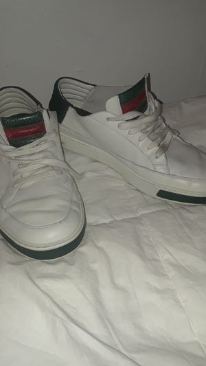Gucci size《 9 》1/2 Mens Sneakers for Sale in San Francisco, CA