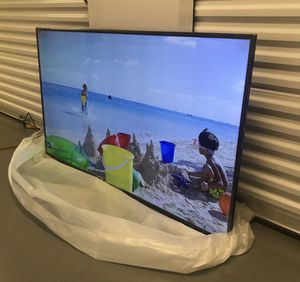 SAMSUNG 58 INCH 4K SMART TV! 3 month guarantee. Comes with legs and remote. PICKUP SPECIAL! for Sale in Phoenix, AZ