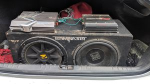 2 amps 2 12in. Subs one of them a kicker comp. One a daul for Sale in Monroe, LA
