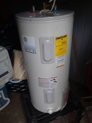 50 gallon Electric Hot water Heater for Sale in Washington, DC