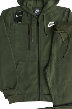 AUTHENTIC NIKE SUIT (medium ) for Sale in MD,  US