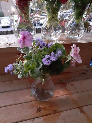 5 flower glass vases for Sale in Annandale, VA